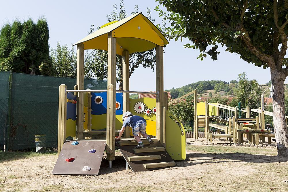 playo_Instalación_de_juego_Lisa_05