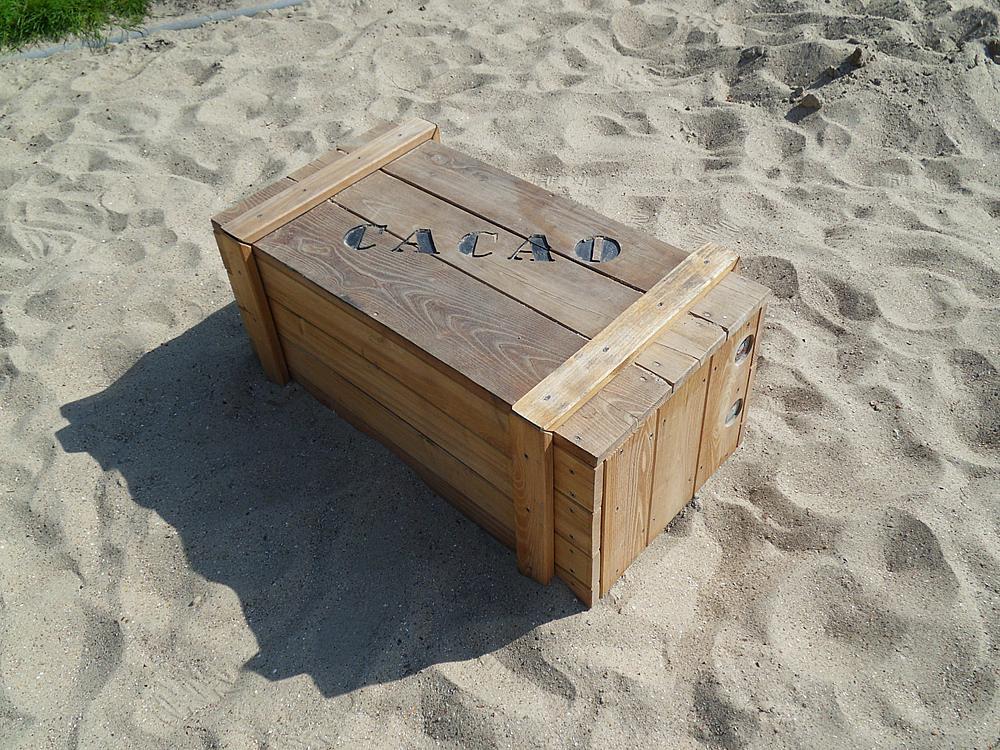 paradiso_caja_para_sentarse_grande_Ole_02