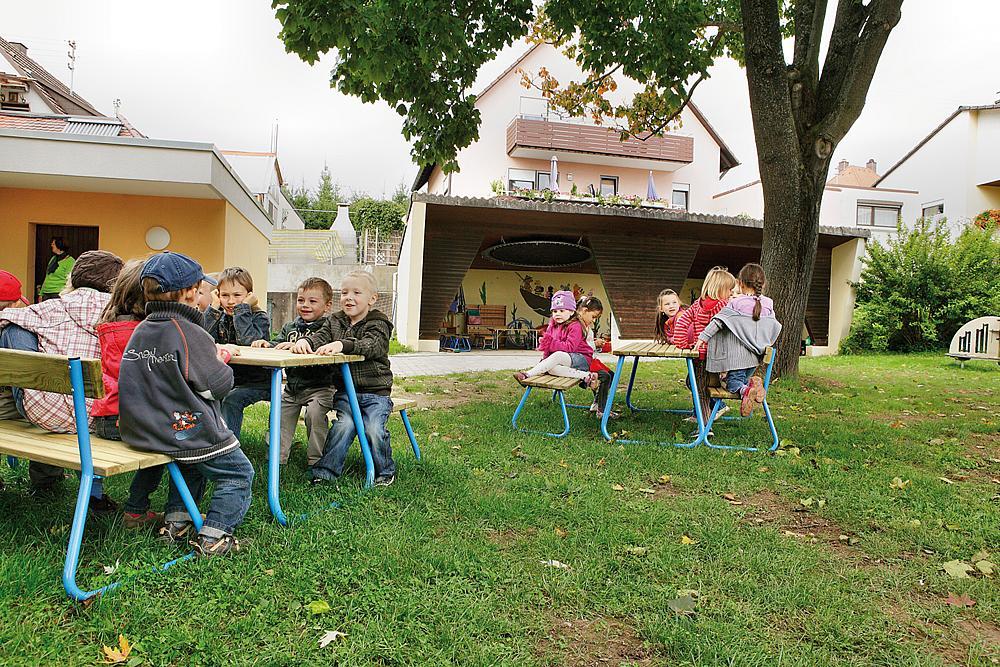 playo_Banco_para_niños_con_respaldo_Sederli_midi_05