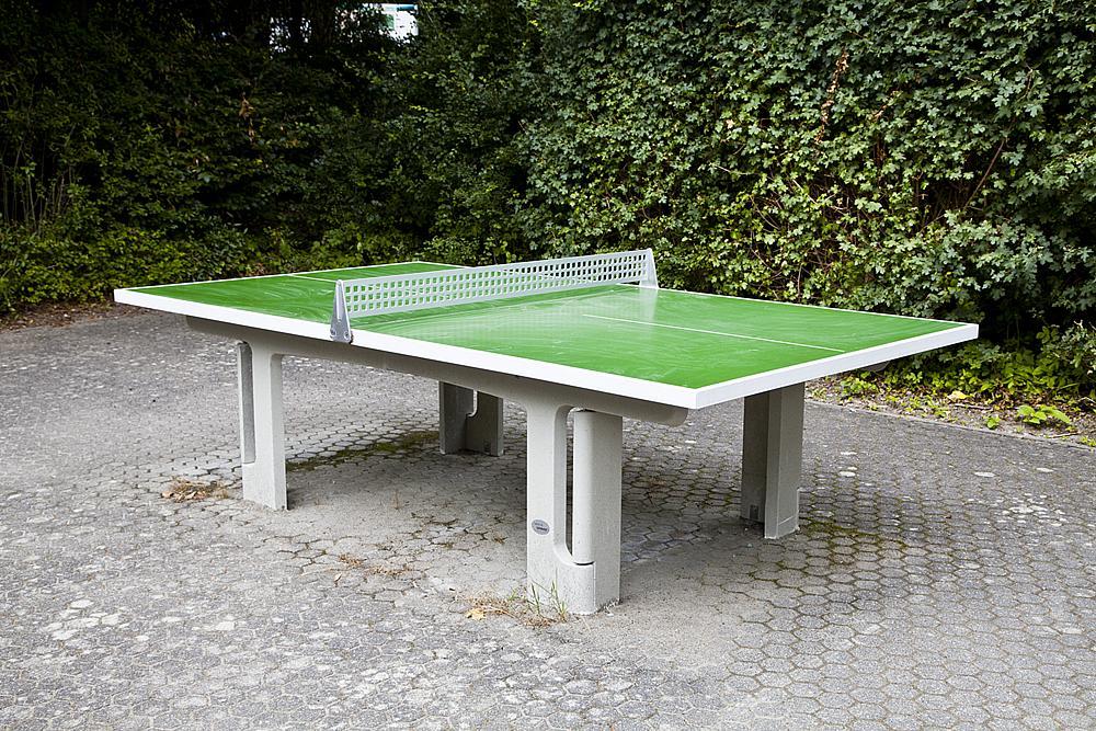 Instalación_de_tenis_de_mesa_para_aire_libre,_verde_03